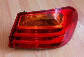 CLEAN  USED  TAIL LIGHT