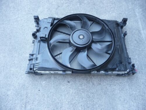 USED Radiator -  Mercedes Benz 2010-2014 GL350, 2007-2014 GL450, 2013-2014 GL63 AMG, 2011-2014 ML350
