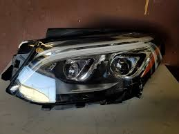 CLEAN USED AMERICAN HEADLIGHT (BENZ)