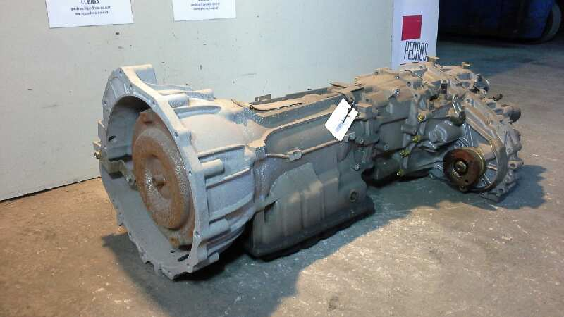 Fairly Used Gear Box for Nissan Pathfinder 2010