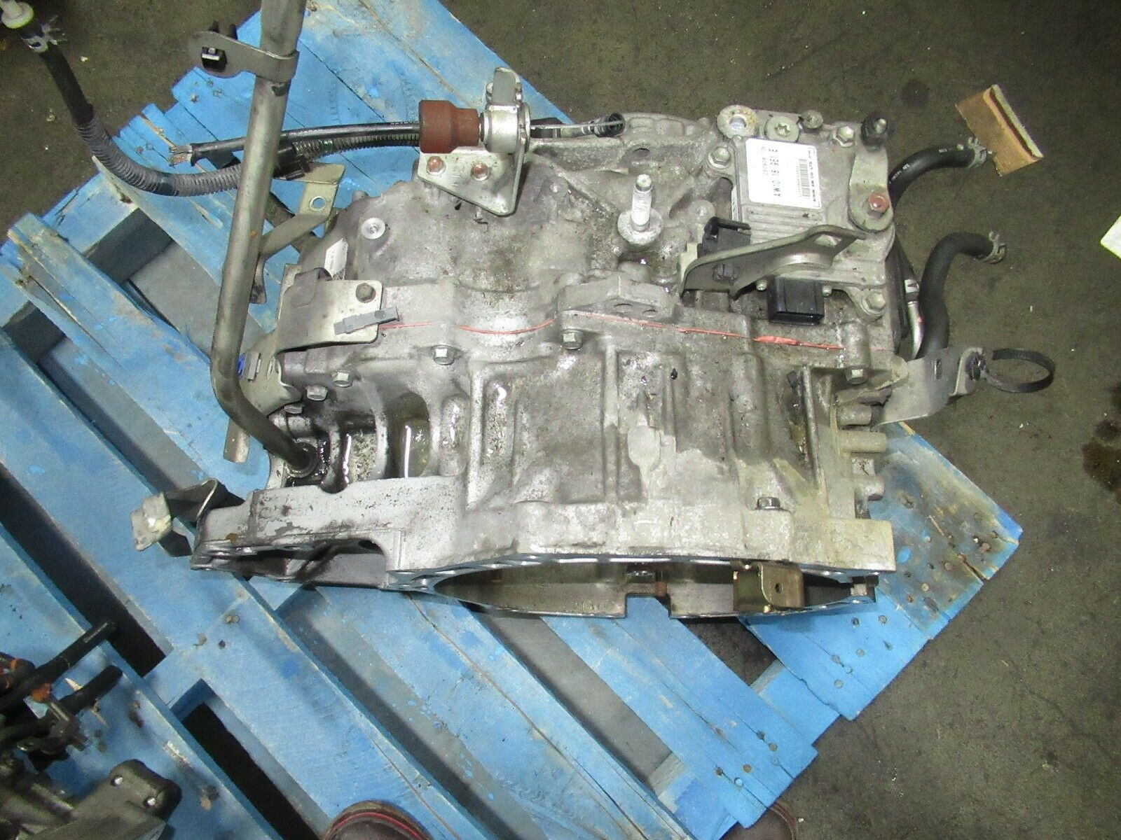 CLEAN USED GEARBOX