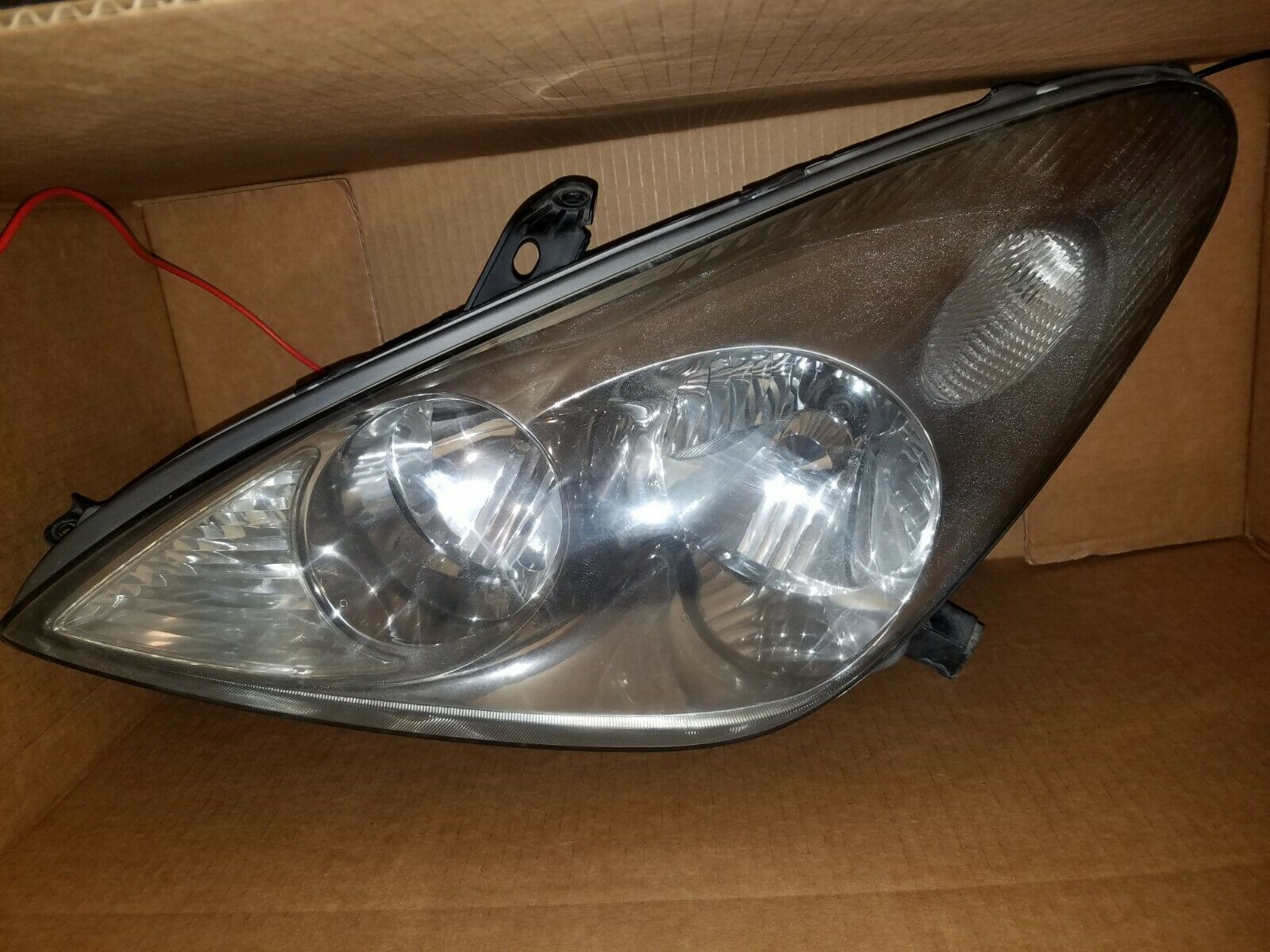 AMERICAN USED ES300 HEADLIGHT SET