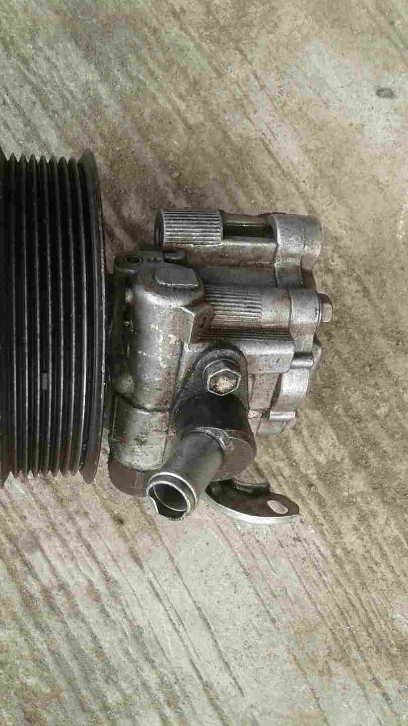 EUROPE USED POWER STEERING PUMP