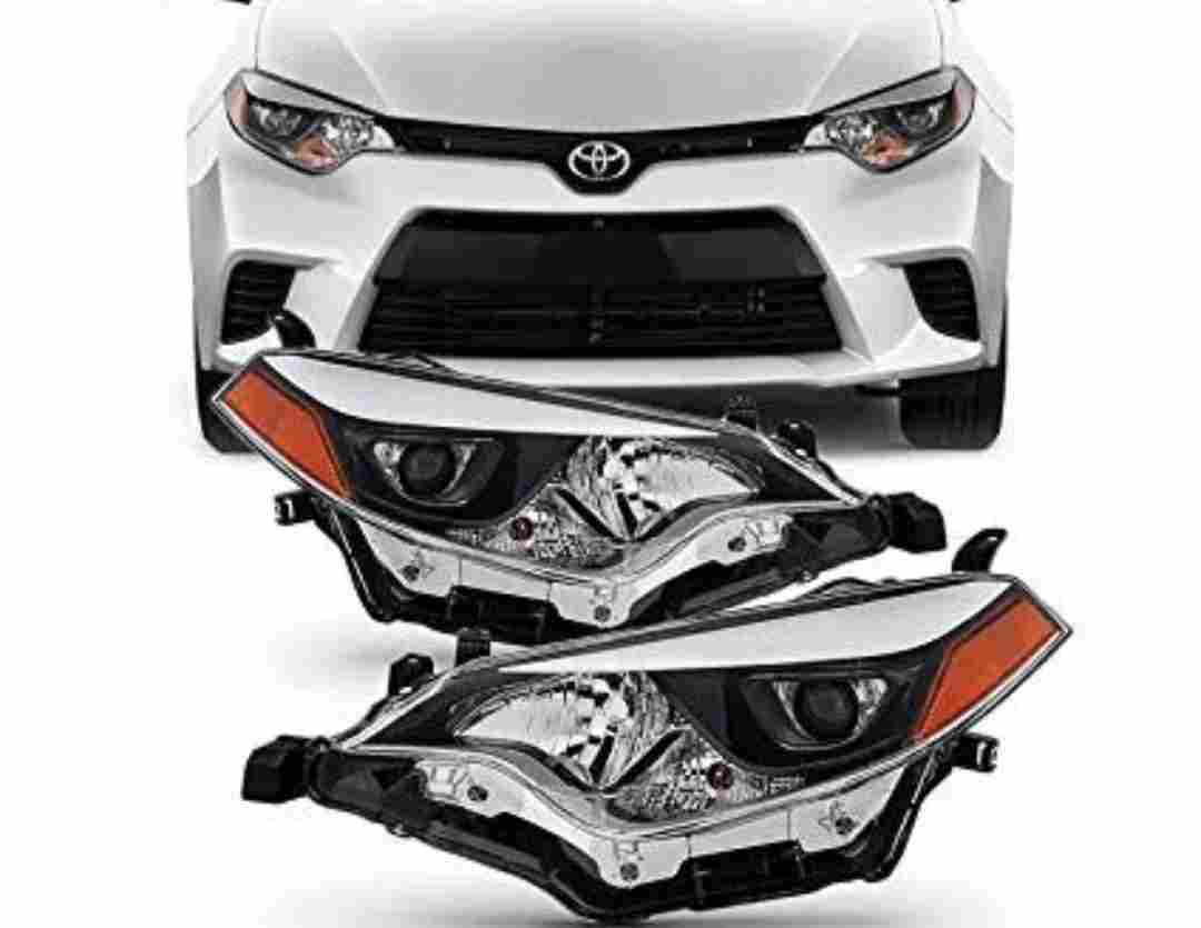 ORIGINAL NEW RAV 4 HEADLIGHT SET