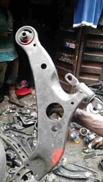 Used Control Arm -  Nissan 2005-2007 Quest
