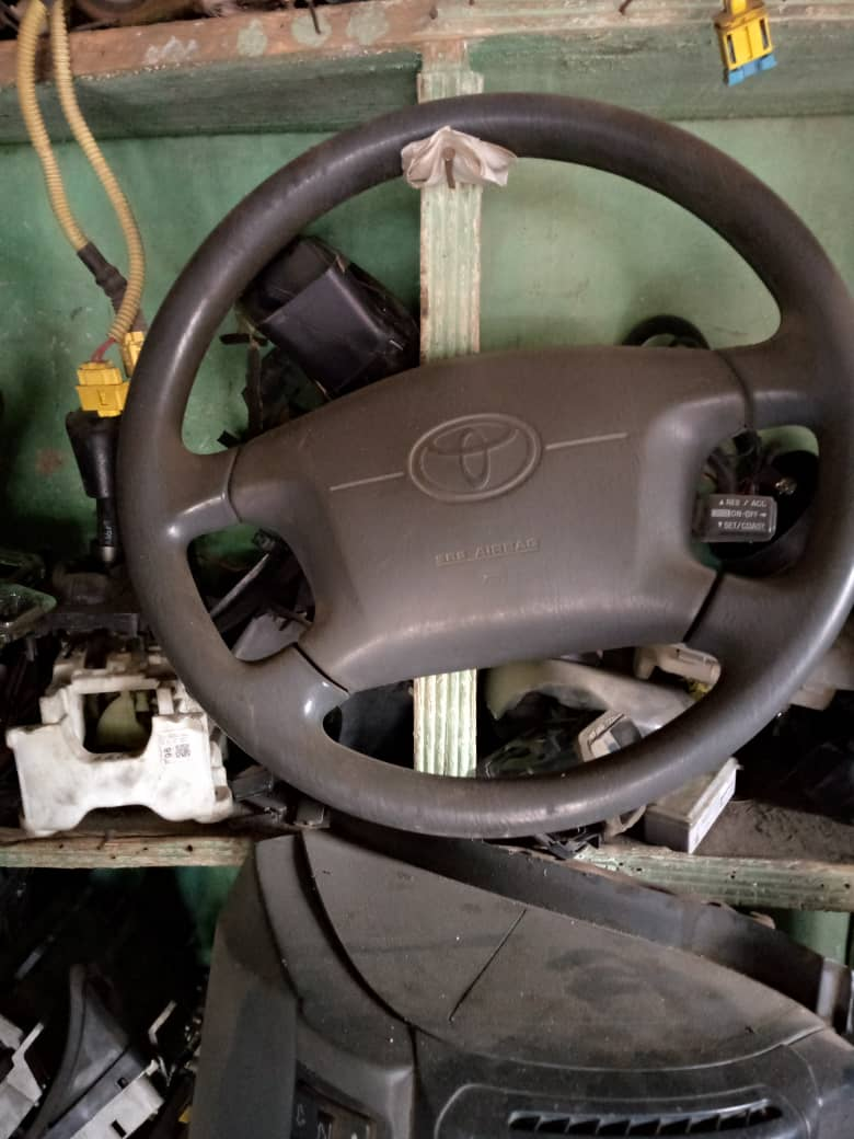 tested belgium used steering wheel