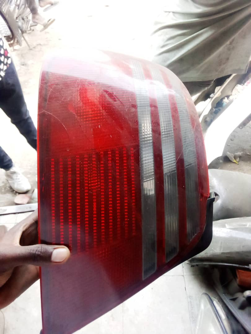 AMERICAN USED CAMRY REAR LIGHT