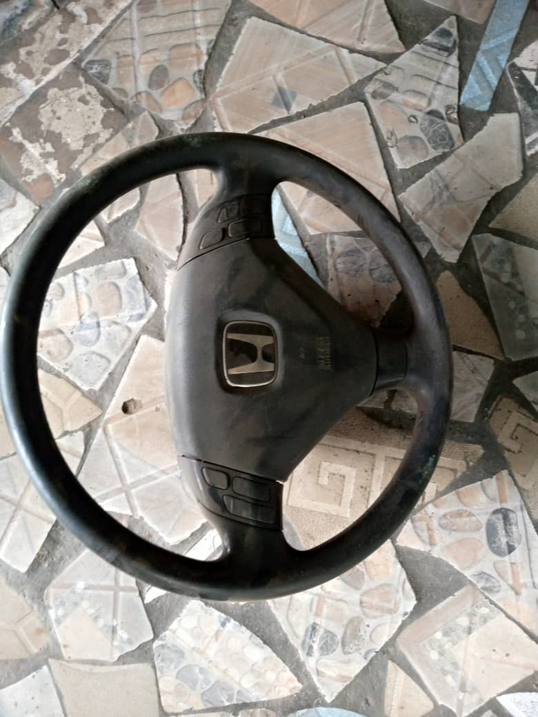AMERICAN USED STEERING WHEEL