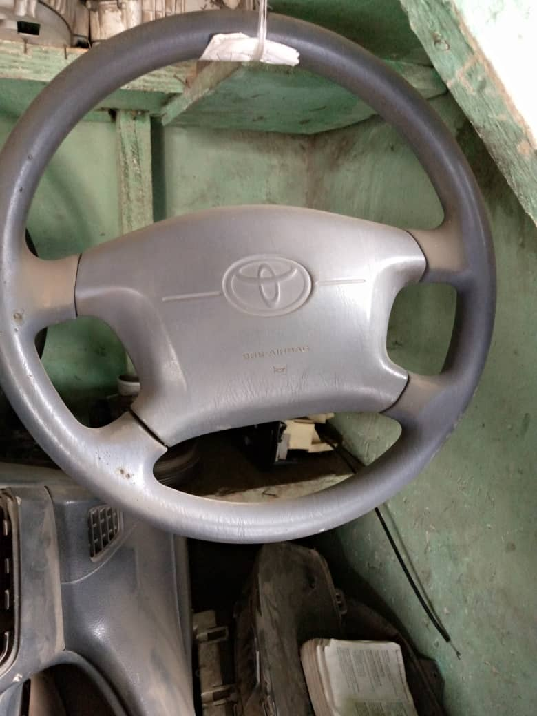 BELGIUM USED STEERING WHEEL