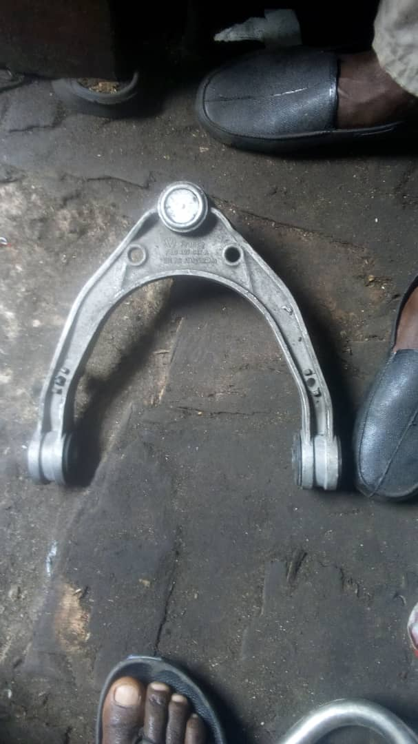 AMERICAN USED CONTROL ARM