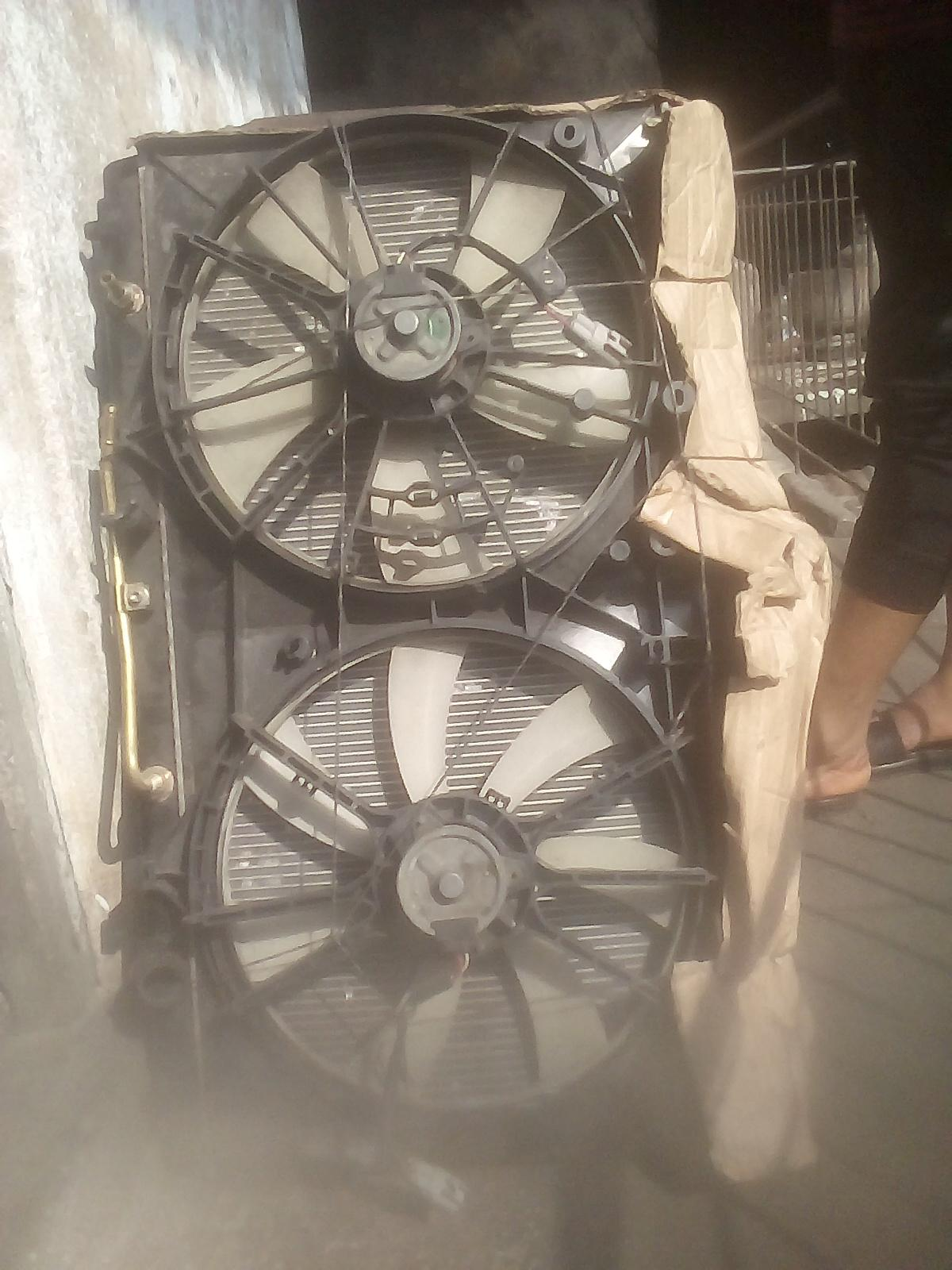 AMERICAN USED CLEAN RADIATOR FAN