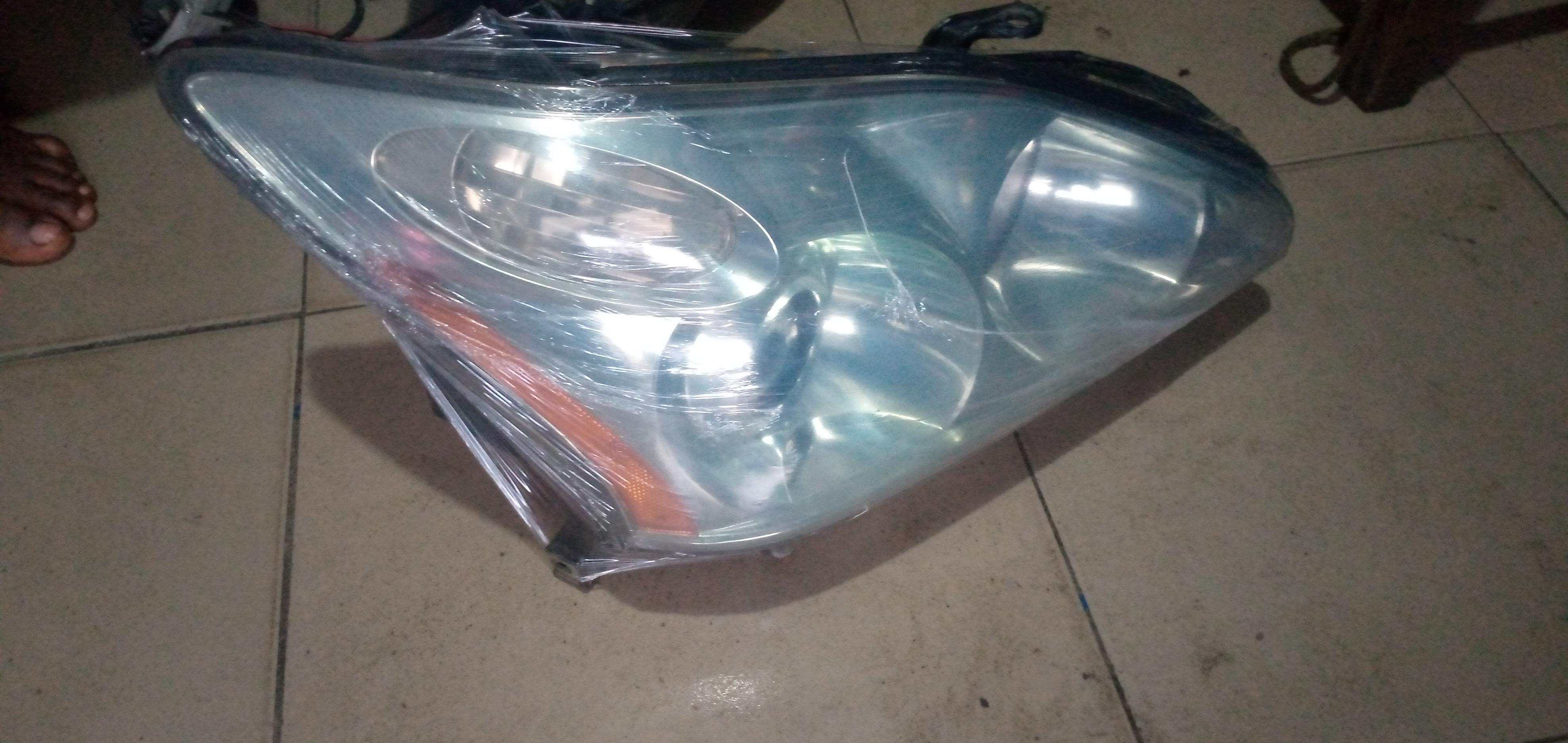 FAIRLY USED RX330 HEADLIGHT SET