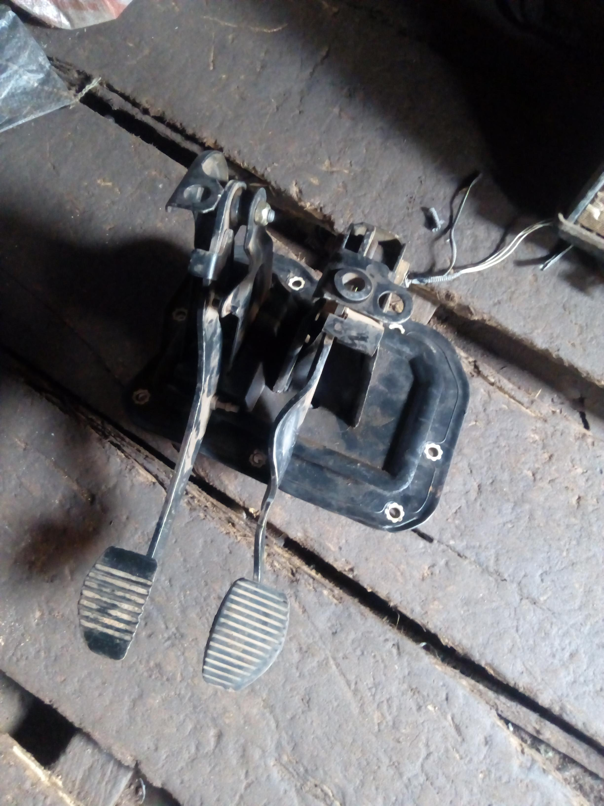 FAIRLY USED CLUTCH PEDAL